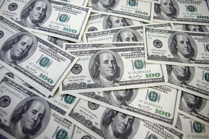 Dollar Edges Higher; Weekly Losses