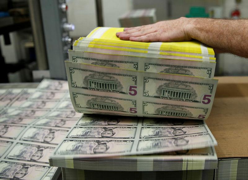 Dollar Up Alongside Surge in U.S. Treasury Yields