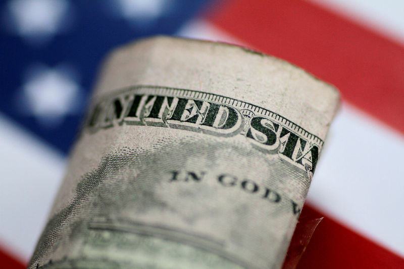 Dollar Set For Strong Weekly Gain